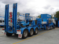 NZCH 6220L Crane TRAILER with forklift crane pads counterweight
